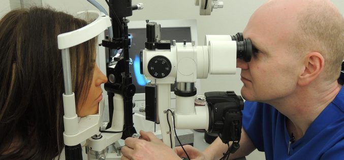 Is Lasik Eye Surgery Safe? Here Are Its Risks And Possible Complications