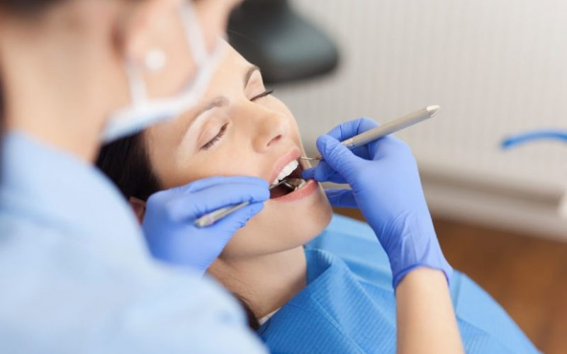 Root Canal Or Tooth Extraction: How Dentists Decide